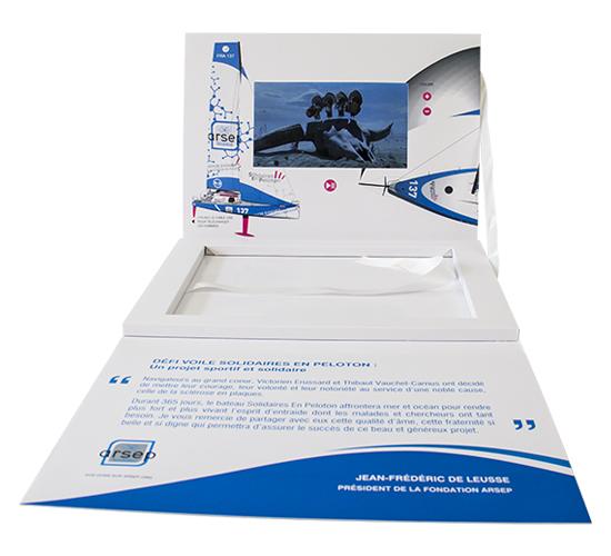 Imprimé Video® Défi Voile • Coffret A4 dépliant