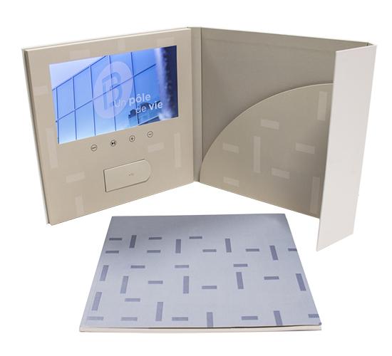 Imprimé Video® Greenelle • Chemise vidéo avec finitions haut de gamme